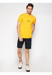Vans T-Shirt Classic Easy Box VN0A5E81 Żółty Classic Fit. Kolor: żółty