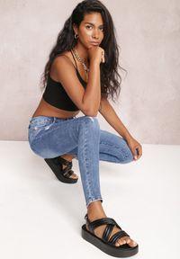 Renee - Niebieskie Jeansy Skinny Euphedora. Kolor: niebieski. Długość: długie. Styl: sportowy