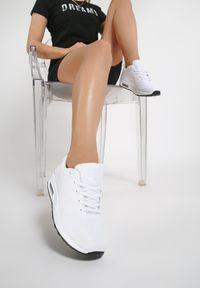 Renee - Białe Buty Sportowe Delectable Days. Zapięcie: sznurówki. Kolor: biały. Obcas: na płaskiej podeszwie