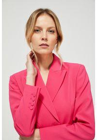 Różowa marynarka MOODO długa, do pracy, casualowa, z długim rękawem