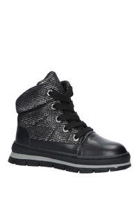 Czarne buty zimowe Casu