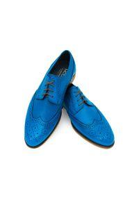 Faber - Niebieskie męskie buty wizytowe - brogsy T155. Kolor: niebieski. Materiał: skóra. Styl: wizytowy