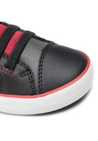 Geox Sneakersy J Gisli B. A J165CA 0MEFU C0260 S Czarny. Kolor: czarny