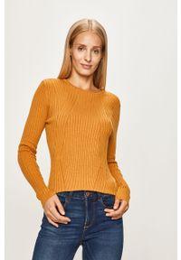 Oliwkowy sweter only z okrągłym kołnierzem