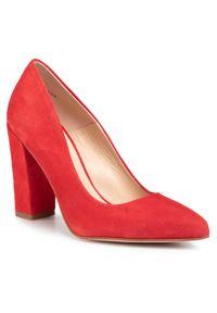 Czerwone półbuty Solo Femme na obcasie, na średnim obcasie