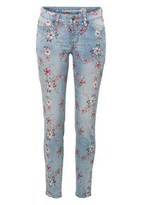 """Dżinsy Super Skinny w krótszej długości, z kwiatowym nadrukiem bonprix niebieski """"bleached"""". Kolor: niebieski. Długość: krótkie. Wzór: kwiaty, nadruk"""