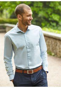 Koszula biznesowa, Slim Fit bonprix pudrowy niebieski w kropki. Okazja: na spotkanie biznesowe. Kolor: fioletowy. Wzór: kropki. Styl: biznesowy