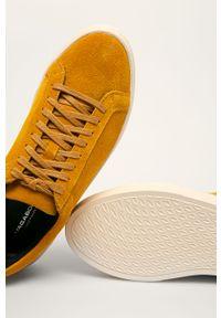 Żółte buty sportowe vagabond na średnim obcasie, z okrągłym noskiem