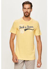 Żółty t-shirt Jack & Jones na co dzień, casualowy, z okrągłym kołnierzem, z nadrukiem