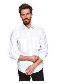 TOP SECRET - Koszula gładka z kieszeniami. Typ kołnierza: kołnierzyk klasyczny. Kolor: biały. Długość: długie. Wzór: gładki. Sezon: wiosna. Styl: klasyczny, elegancki