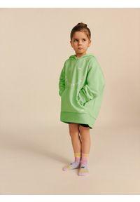 4f - Bluza dziewczęca Healthy Team by Anna Lewandowska. Typ kołnierza: kaptur. Kolor: zielony. Materiał: materiał. Długość rękawa: raglanowy rękaw. Wzór: nadruk