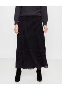 PESERICO - Czarna plisowana spódnica. Stan: podwyższony. Kolor: czarny. Materiał: guma, materiał. Sezon: zima, jesień. Styl: klasyczny