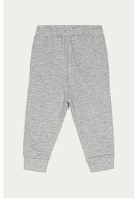 Szare spodnie dresowe OVS