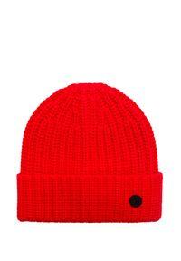 Czerwona czapka Bogner w kolorowe wzory, sportowa