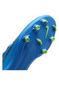 Buty piłkarskie dla dzieci Nike Phantom GT Club Dynamic Fit JR MGCW6727. Materiał: syntetyk, materiał, skóra. Sport: piłka nożna