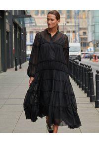 BY CABO - Czarna sukienka ANGELINA. Kolor: czarny. Materiał: wiskoza, jedwab, materiał. Styl: glamour, boho, elegancki