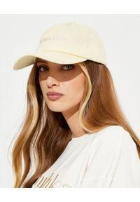 NANUSHKA - Beżowa czapka z logo. Kolor: beżowy. Materiał: bawełna. Wzór: haft