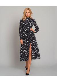 JENESEQUA - Czarna sukienka z jedwabiu Vivans. Typ kołnierza: kokarda. Kolor: czarny. Materiał: jedwab. Długość rękawa: długi rękaw. Długość: midi