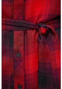 only - Only - Sukienka. Okazja: na co dzień. Kolor: czerwony. Materiał: włókno, tkanina. Długość rękawa: długi rękaw. Typ sukienki: proste. Styl: casual
