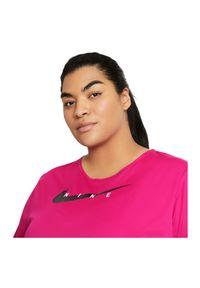 Koszulka damska do biegania Nike Swoosh Run CZ9278. Materiał: poliester, dzianina, materiał. Technologia: Dri-Fit (Nike). Sport: bieganie