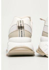 Beżowe buty sportowe ANSWEAR z cholewką, na średnim obcasie, na sznurówki, na obcasie