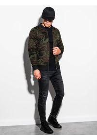 Ombre Clothing - Bluza męska bez kaptura bomberka B1028 - zielona/moro - M. Typ kołnierza: bez kaptura. Kolor: zielony. Materiał: poliester, bawełna. Wzór: moro