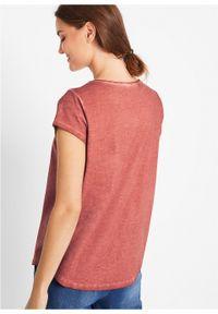 """T-shirt """"cold-dye"""" z ażurowym haftem bonprix brązowy marsala. Kolor: czerwony. Wzór: haft, ażurowy"""