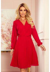 Czerwona sukienka koktajlowa Numoco kopertowa