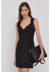 Morgan - Sukienka. Kolor: czarny. Materiał: tkanina, bawełna. Wzór: gładki. Typ sukienki: dopasowane