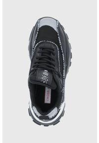 Cross Jeans - Buty. Nosek buta: okrągły. Zapięcie: sznurówki. Kolor: czarny. Materiał: guma. Obcas: na platformie