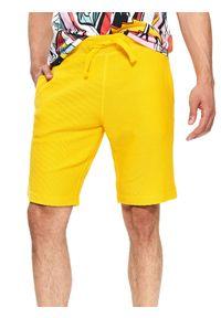 TOP SECRET - Szorty dzianinowe gładkie. Kolor: żółty. Materiał: dzianina. Długość: krótkie. Wzór: gładki. Sezon: wiosna, lato. Styl: elegancki