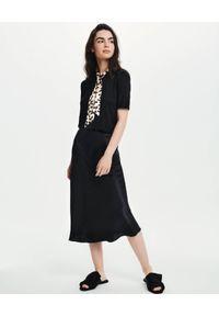 LOVLI SILK - Czarna midi spódnica z jedwabiu #NO.2. Stan: podwyższony. Kolor: czarny. Materiał: jedwab