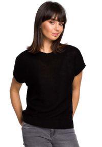 Czarny sweter asymetryczny MOE krótki, z asymetrycznym kołnierzem