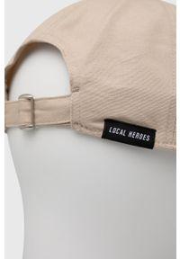 Local Heroes - Czapka z daszkiem. Kolor: beżowy. Wzór: aplikacja