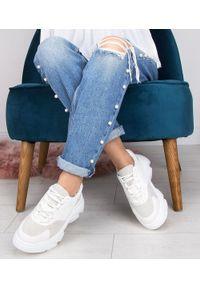 Białe buty sportowe N/M w kolorowe wzory