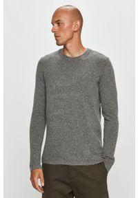 Clean Cut Copenhagen - Sweter. Kolor: szary. Materiał: dzianina. Wzór: ze splotem