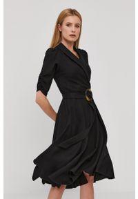 Nissa - NISSA - Sukienka. Kolor: czarny. Materiał: tkanina. Długość rękawa: krótki rękaw. Wzór: gładki. Typ sukienki: rozkloszowane