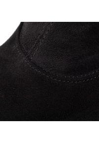 Czarne botki Gino Rossi z cholewką, na obcasie