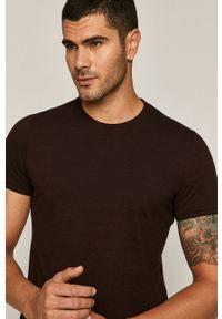 Brązowy t-shirt medicine
