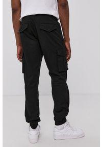 Only & Sons - Spodnie. Kolor: czarny. Materiał: bawełna