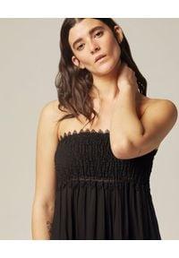 Czarna sukienka maxi, boho, z odkrytymi ramionami