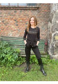 Bluzka z długimi rękawami czarna Aeronautica Militare. Kolor: czarny. Materiał: bawełna. Długość rękawa: długi rękaw. Długość: długie. Wzór: napisy