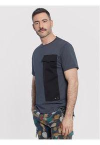 Vistula T-Shirt Korine XA1145 Szary Regular Fit. Kolor: szary