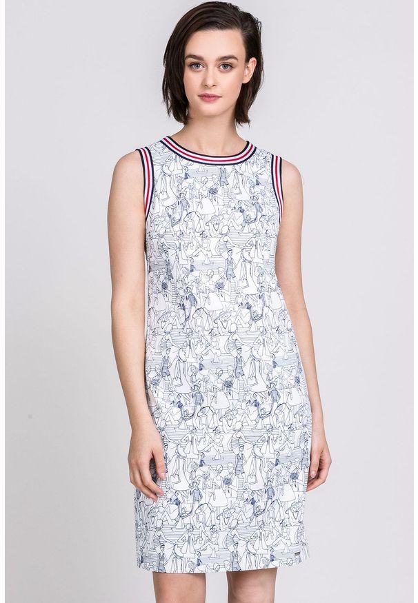 Biała sukienka Monnari z okrągłym kołnierzem, casualowa, na ramiączkach, mini