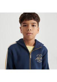 Reserved - Rozpinana bluza z kapturem - Granatowy. Typ kołnierza: kaptur. Kolor: niebieski