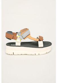 Wielokolorowe sandały Camper na obcasie, na średnim obcasie, na rzepy