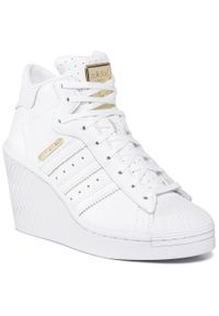 Białe półbuty casual Adidas na koturnie