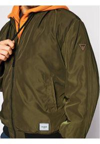 Guess Kurtka bomber M0BL60 WDCF0 Zielony Regular Fit. Kolor: zielony