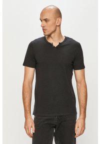 Jack & Jones - T-shirt. Okazja: na co dzień. Kolor: czarny. Materiał: dzianina. Styl: casual