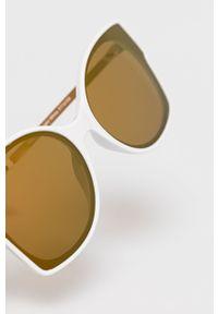 Białe okulary przeciwsłoneczne only